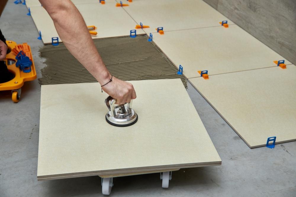 Prísavky na obklady a dlažbu | Levelys